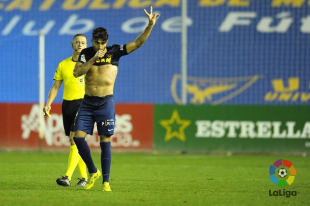 Jona celebrando el tanto de la victoria. (Foto: LFP).