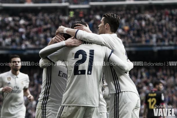 El Real Madrid celebrando el gol de Morata/ FOTOGRAFÍA: Daniel Nieto (VAVEL)