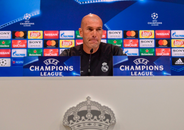 Zidane en la rueda de prensa del Open Media Day/ FOTOGRAFÍA: UEFA.com