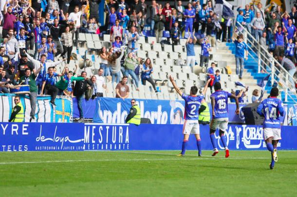 Diegui inicia su celebración al estilo islandés | Imagen: Real Oviedo