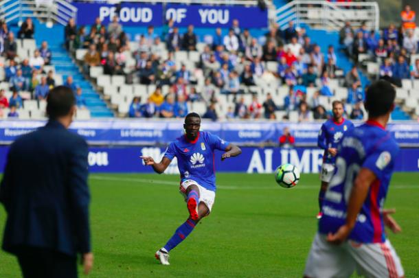 McDonald Mariga tiene que volver a recuperar el puesto de titular | Imagen: Real Oviedo