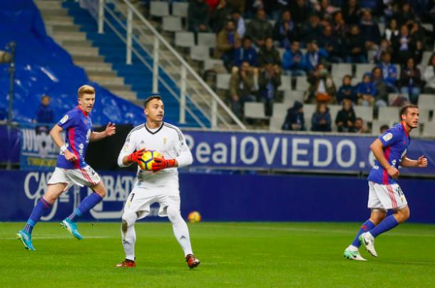 Alfonso Herrero en su primer partido como titular | Imagen: Real Oviedo