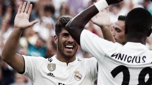 Asensio celebra su gol con Vinicius. Foto: Real Madrid.
