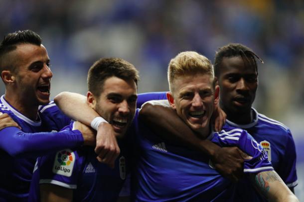 Celebración del gol de Mossa | Imagen: Real Oviedo