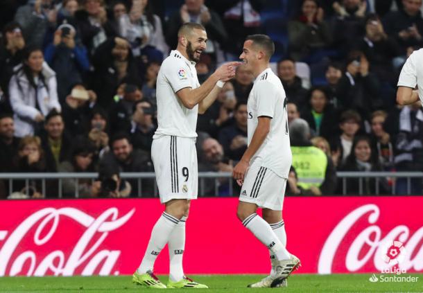 Benzema y Lucas celebran el tanto. Foto: Liga Santander.