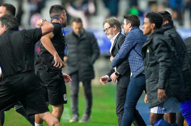 La victoria en el derbi desató las lágrimas de Anquela | Imagen: Real Oviedo