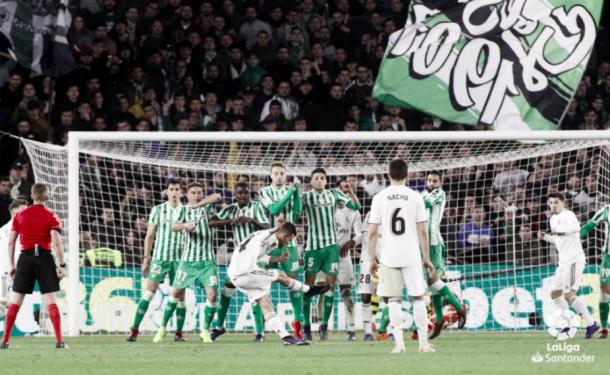 El momento del gol de Ceballos. Foto: Liga Santander.