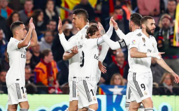 Lucas Vázquez celebra el gol junto a sus compañeros. Foto: Real Madrid.