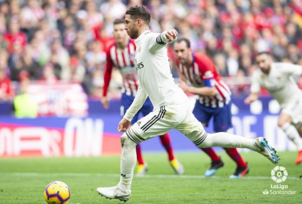 Ramos marca de penalti. Foto: Liga Santander.