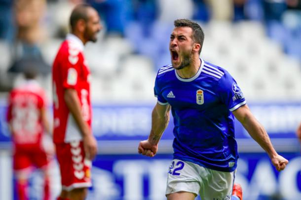 Joselu exhibe su rabia tras marcar | Imagen: Real Oviedo
