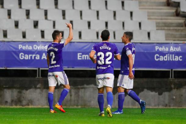 Diegui, contento, tras anotar su gol | Imagen: Real Oviedo