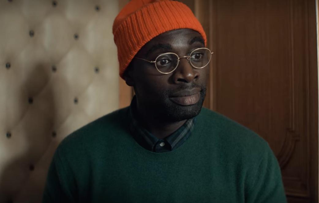 Assane Diop con uno de sus muchos disfraces  / Vía Netflix