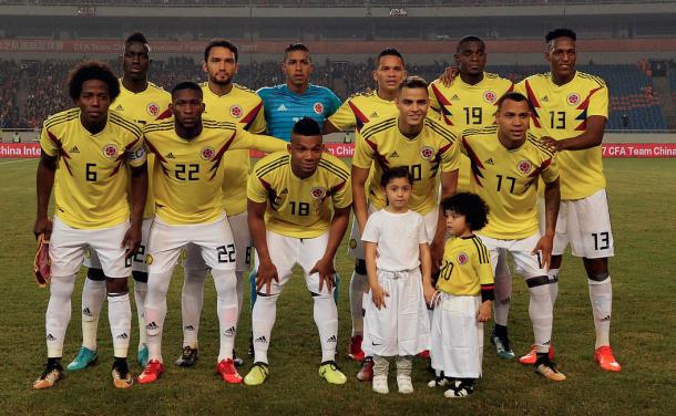 Equipo titular de la Selección Colombia ante la Selección de China. | Foto: EFE