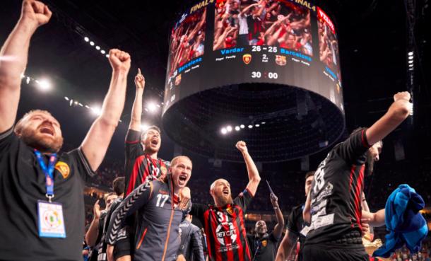 El HC Vardar celebra la victoria. Foto: EHF.