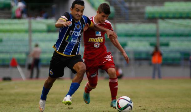 Caracas y Mineros. FOTO: FutbolVision.com.ve