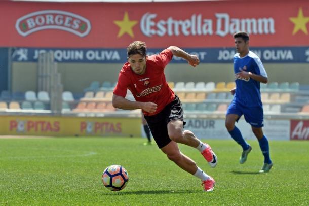 Fran Carbia podria ser titular ante el Levante. (Foto: CF Reus)