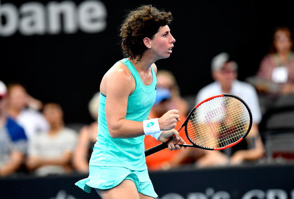 Carla Suarez Navarro celebrates winning a point during the match | Photo: Bradley Kanaris/Getty Images AsiaPac