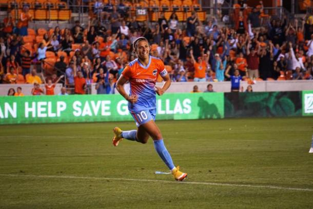 Midfielder Carli Lloyd of the Houston Dash as she marks her fourth season with the Dash. Source: Ray Escamilla