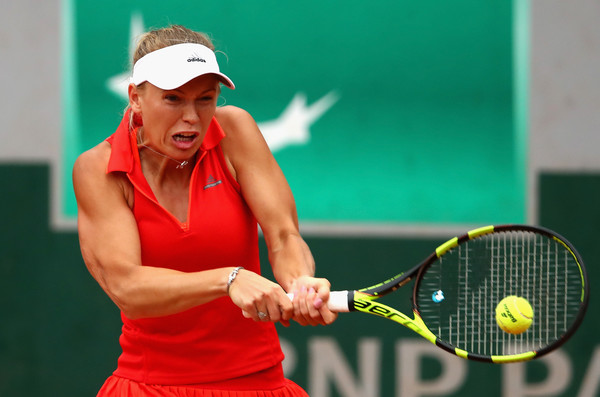 Caroline Wozniacki hits a backhand in her third-round match yesterday   Photo: Clive Brunskill/Getty Images Europe
