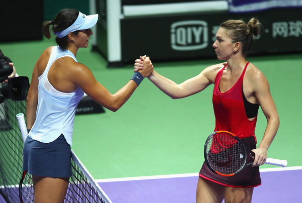 Respect: Caroline Garcia was gracious in defeat and gave a good handshake to the world number one after their match | Photo: Clive Brunskill/Getty Images AsiaPac