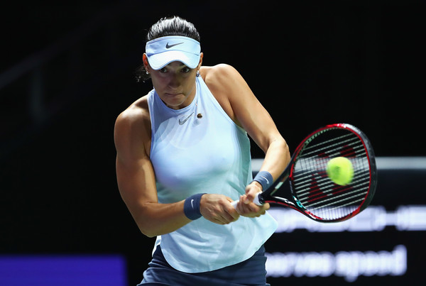 Caroline Garcia in action at the 2017 WTA Finals semifinals | Photo: Clive Brunskill/Getty Images AsiaPac