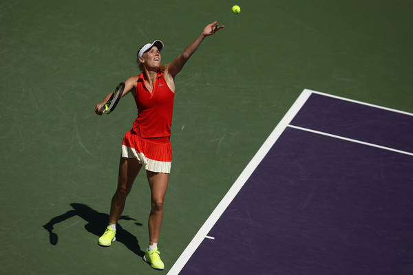 Caroline Wozniacki's serve was working well in this match | Photo: Julian Finney/Getty Images North America
