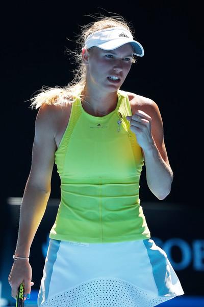 Caroline Wozniacki celebrates winning a point | Photo: Scott Barbour/Getty Images AsiaPac