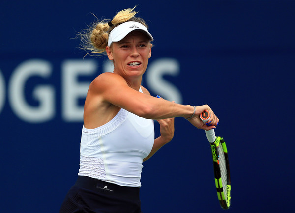 Caroline Wozniacki, once again, produced another improbable comeback from 2-4 down in the deciding set | Photo: Vaughn Ridley/Getty Images North America
