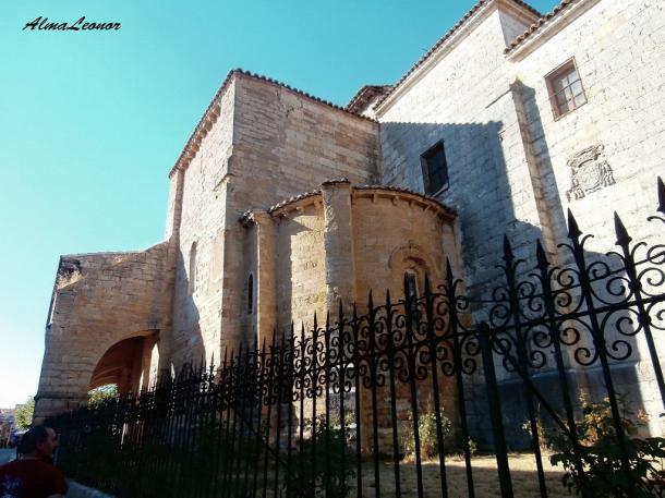 Iglesia de Santa María del Camino de Carrión de los Condes (Palencia). Imagen: AlmaLeonor (VAVEL).