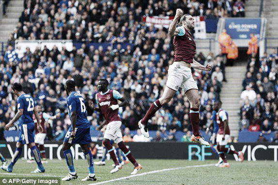 Above; Andy Carroll celebrates his penalty in West Ham United's 2-2 draw with Leicester City | Photo: AFP/ Getty Images