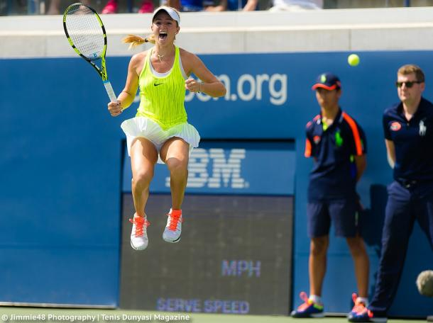 Catherine Bellis celebrates after winning her third-round qualifying match against Alison Van Uytvanck at the 2016 U.S. Open. | Photo: Jimmie48 Tennis Photography