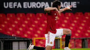 Cavani celebrando un gol. FUENTE: UEFA