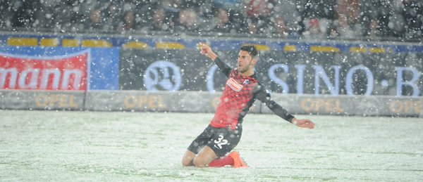 Grief gives Freiburg the lead