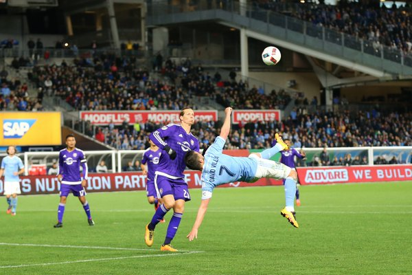 David Villa attempts a spectacular bicycle kick to level the score in the second half   Photo: Twitter @NYCFC
