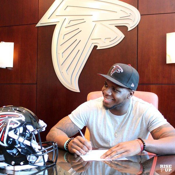 Photo: Atlanta Falcons via Twitter