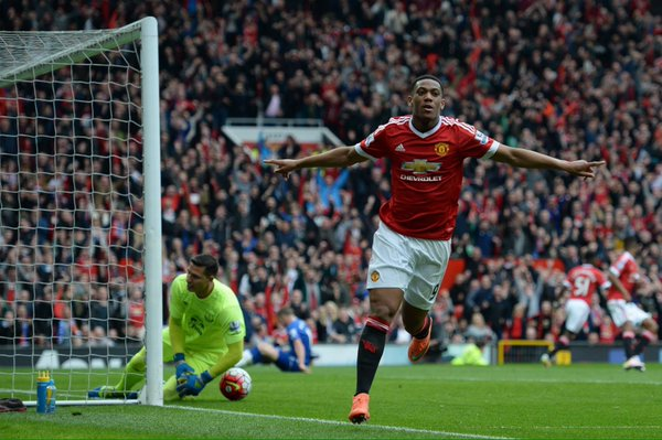 Martial celebrates given United the lead against Everton | Photo: Getty Images