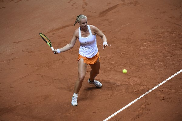 Bertens kept the pressure before racing away | Photo: Fed Cup