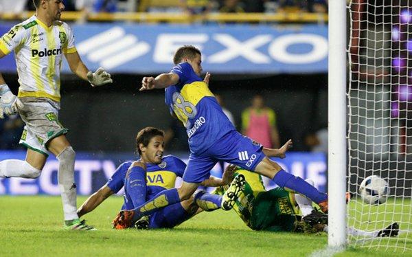 Rodrigo Bentancur con la maglia della sua ex squadra, il Boca Juniors. Foto: Twitter