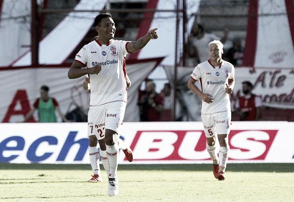 El ex Boca marcó su primer gol en Huracán. | Foto: ESPN