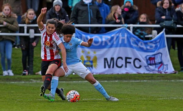Demi Stokes shields the ball in City's 2-0 win. (Photo: Manchester City WFC)