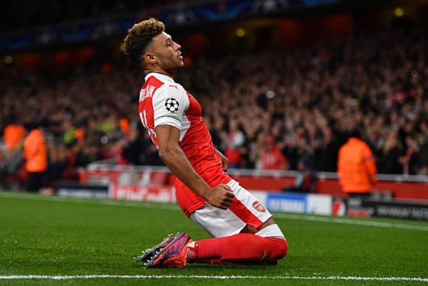 Chamberlain chegou ao Arsenal com apenas 18 anos (Foto: Mike Hewitt/Getty Images)