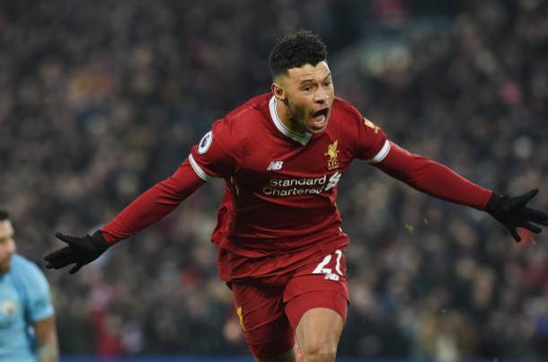 Ox-Chamberlain tem feito bons jogos pelo Liverpool (Foto: John Powell/Liverpool FC via Getty Images)