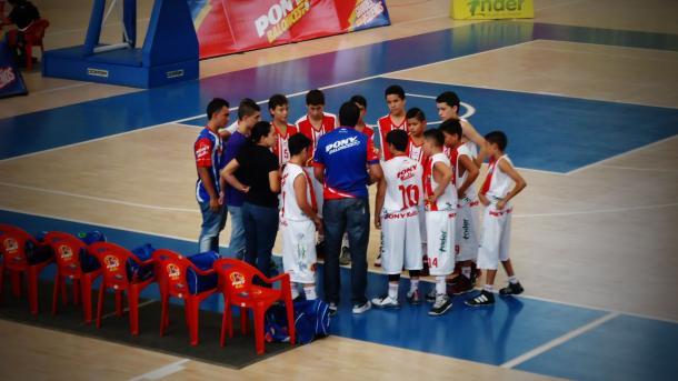 Charla técnica previa al juego. Foto: Juan Pablo Ramírez