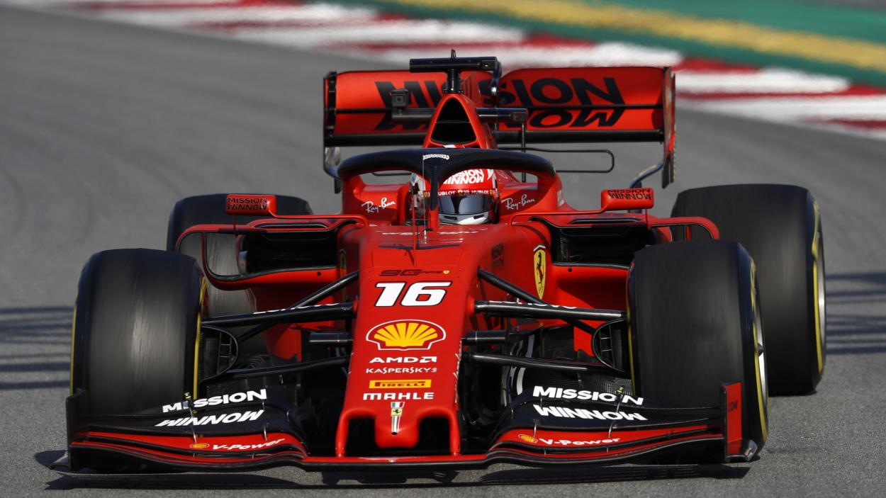 Charles Leclerc conduciendo el Ferrari en 2019. FUENTE: F1