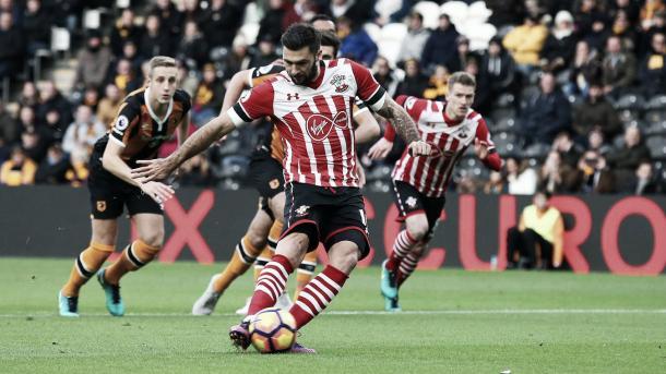 Austin en el gol de penalti ante el Hull City. Foto: Premier League.