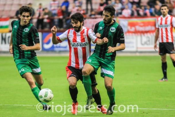 Chevi conduce ante dos rivales | Foto: riojapress.com