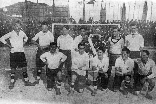 Once del Celta que se enfrentó a la selección argentina en 1925, con Chicha en la posición central inferior (Foto: anotandofutbol.blogspot.com)