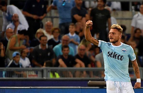 Immobile comemora o gol que vai dando o título da Supercopa Italiana à Lazio (Foto: Alberto Pizzoli/AFP)