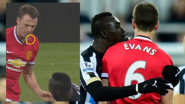 Cisse and Evans involved in spitting incident (Photo: skysports.com)