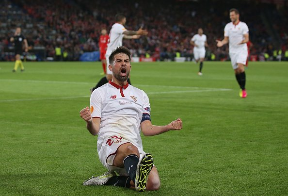 Coke autor de dos goles | Foto: UEFA
